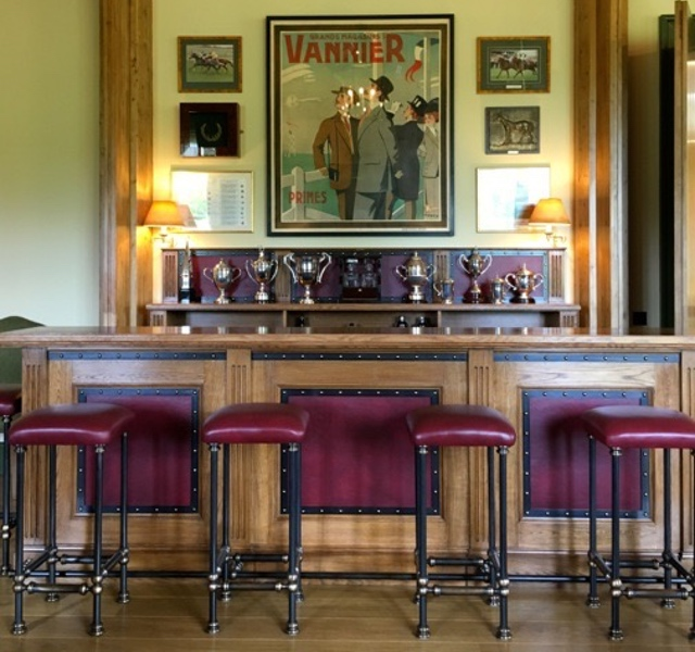 The Bar And Back Bar Solution, Were Crafted To A Traditional Design, With  Features Such As Reeded Inset Mouldings, Leather And Studded Metal Panels,  ...